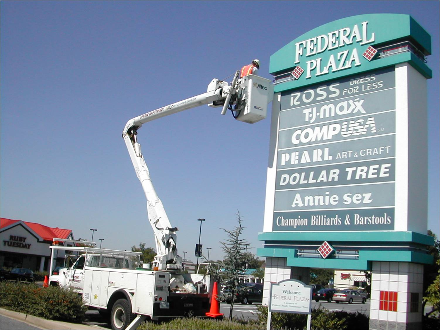 electric-sign-repair